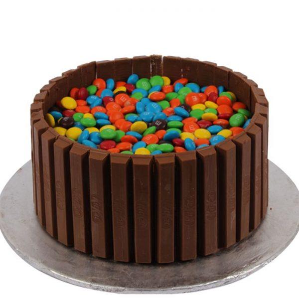 kit kat cake from